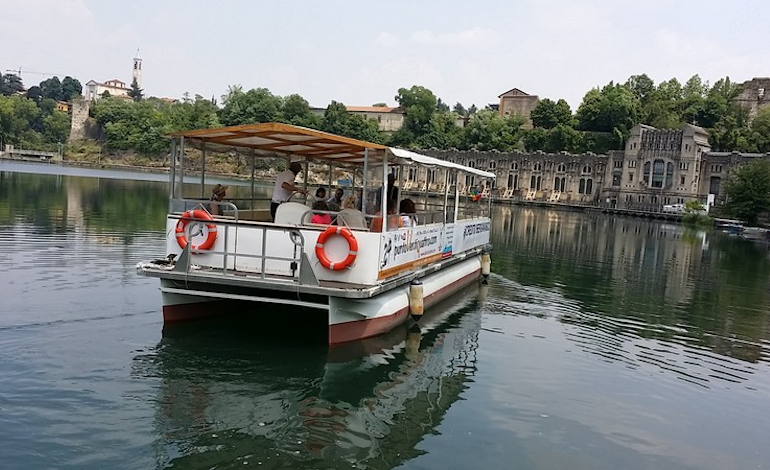 Navigazione sul fiume Adda